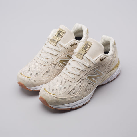 New Balance M990AG4 in Off White - Notre