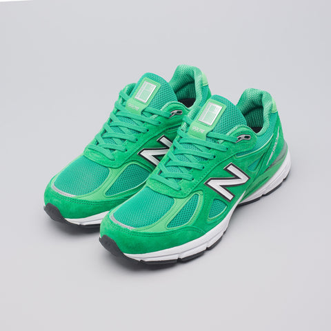 New Balance M990NGA in in Green - Notre