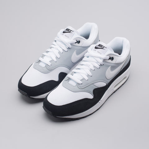 Nike Air Max 1 in Wolf Grey/White - Notre