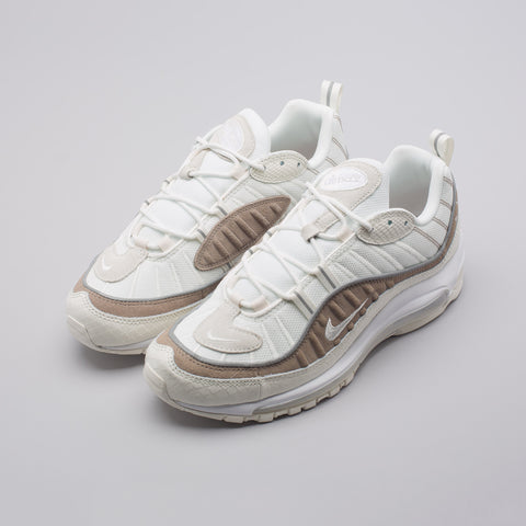 Nike Air Max 98 SE in Sail/White - Notre