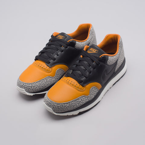 Nike Air Safari QS in Monarch/Black - Notre