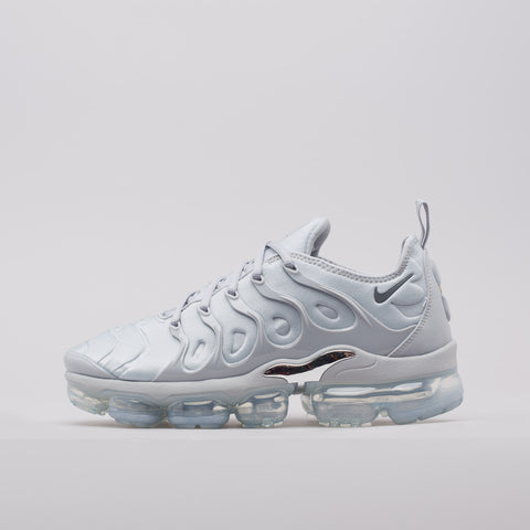 Nike Air Vapormax Plus in Wolf Grey - Notre