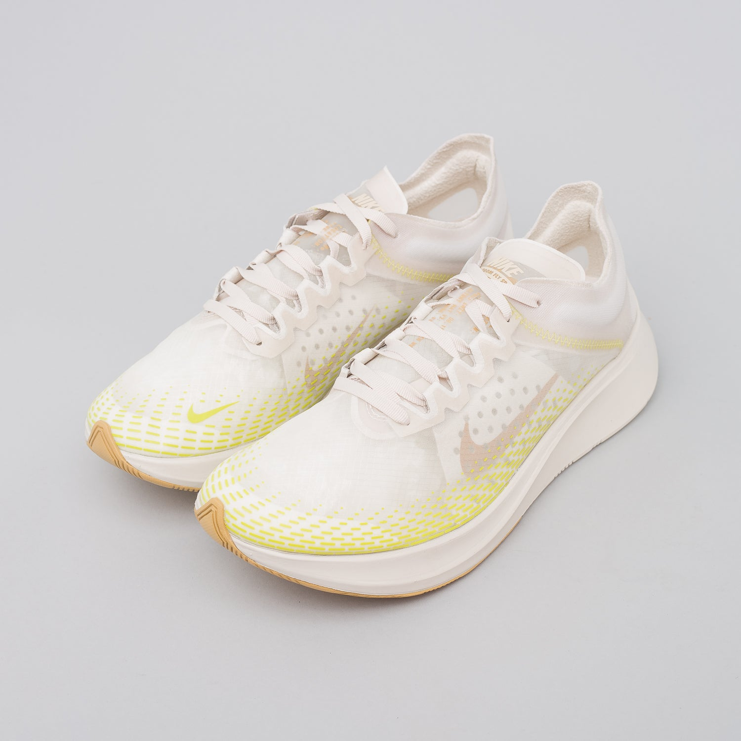 Zoom Fly SP Fast in Light Orewood