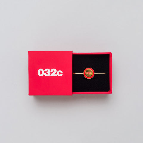 032C Needle Pin with Slide Box in Brass/Red - Notre