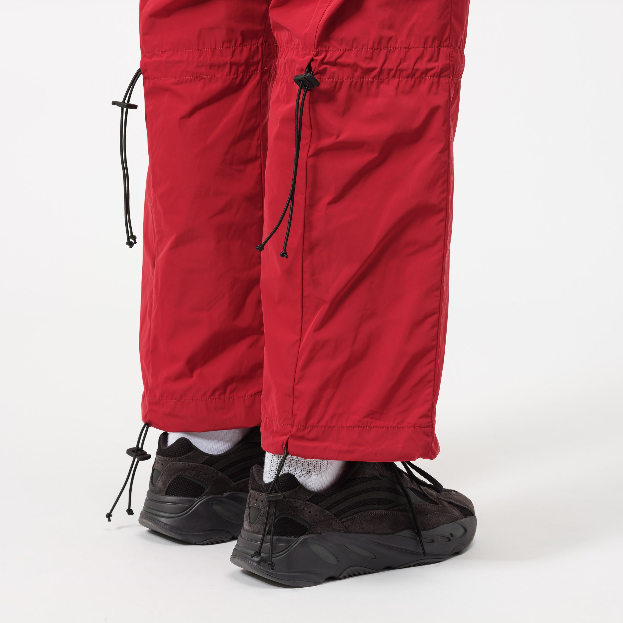 Knee Cinched Trouser in Red