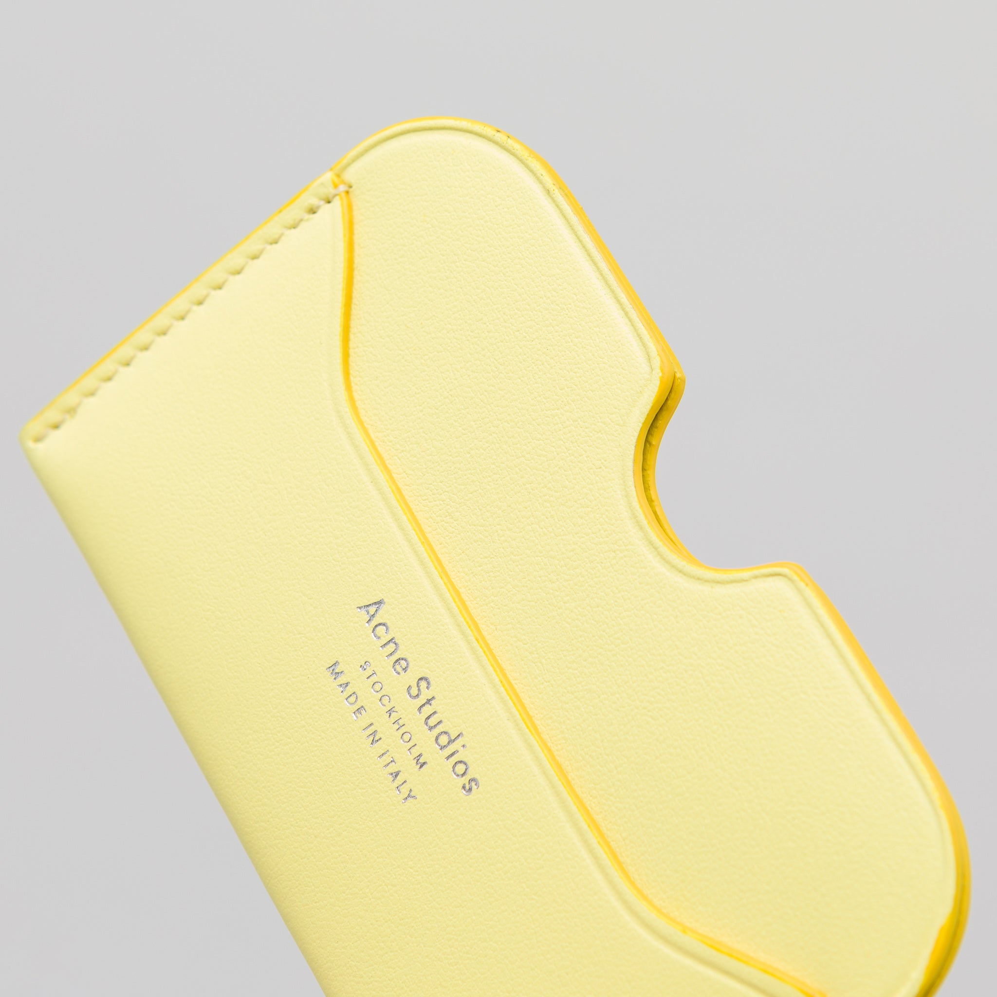 Elmas S Card Holder in Pale Yellow
