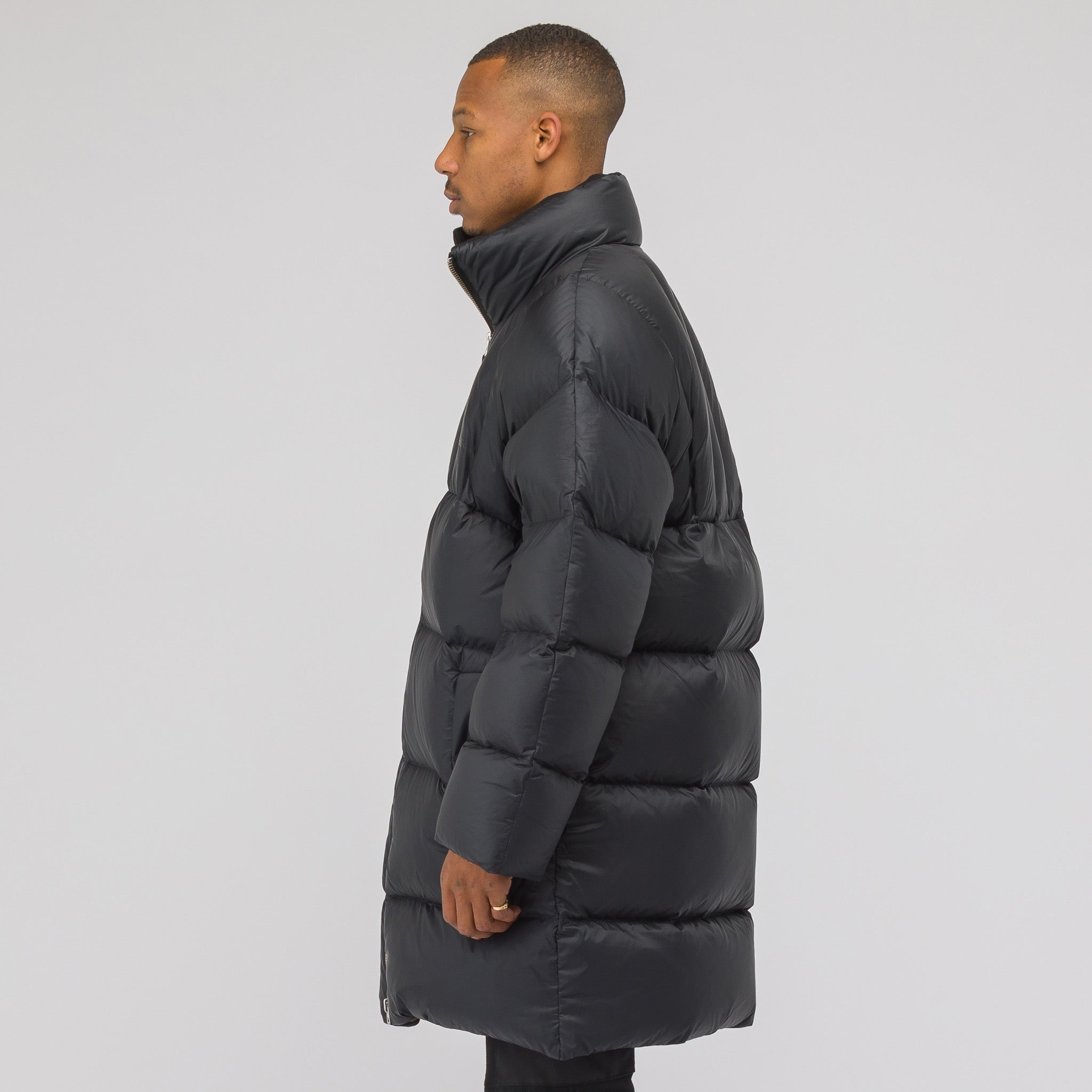 Puffy Jacket in Black