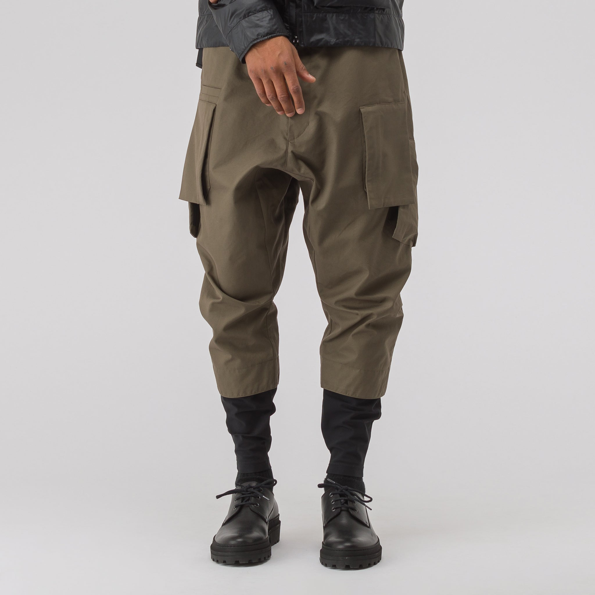 P23A-S HD Cotton Cargo Drawcord Trouser in RAF Green