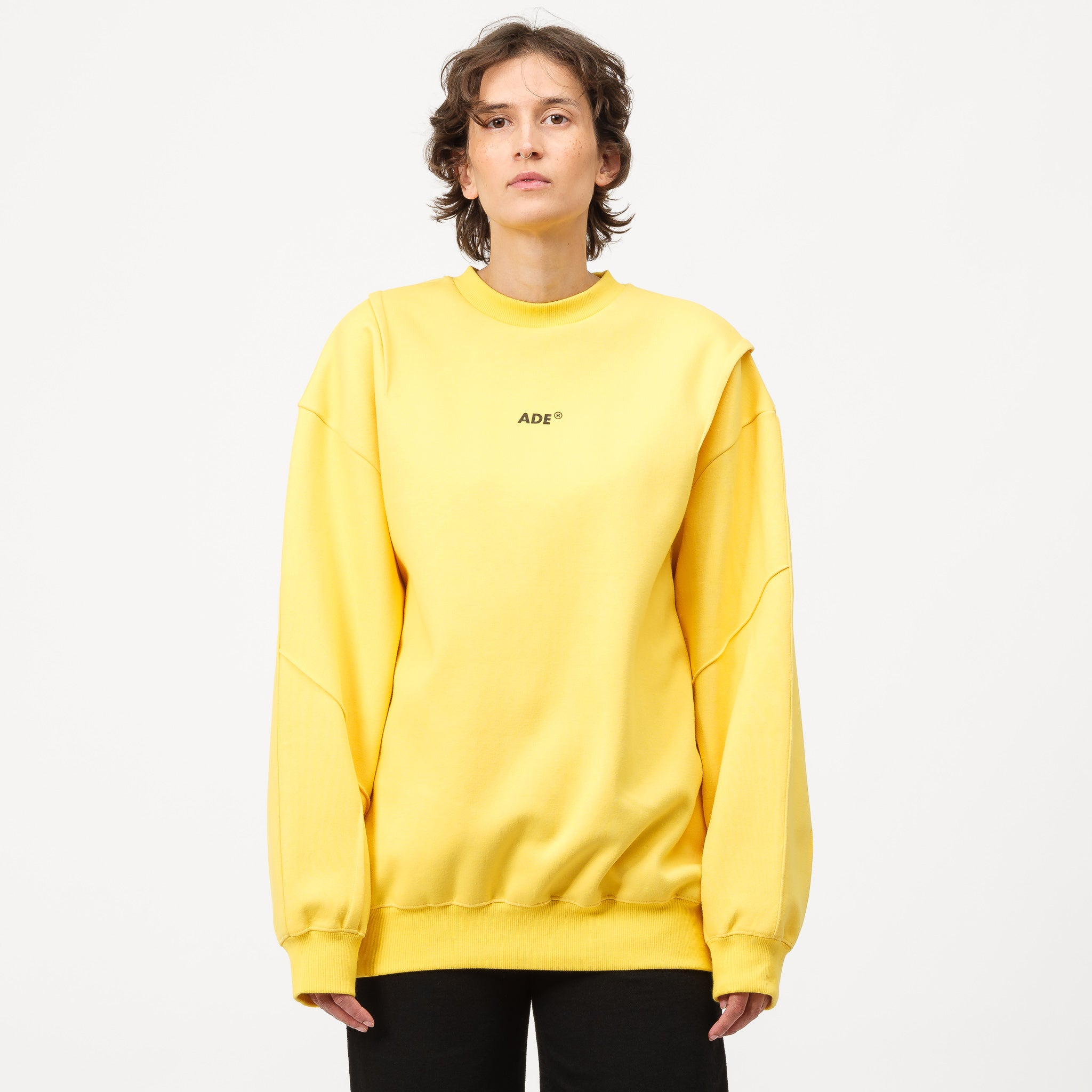 Ade Sweatshirt in Yellow