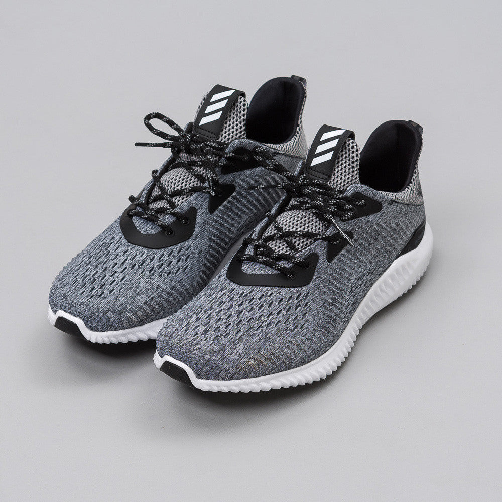 adidas Alpha Bounce EM in Core Black/Running White BB9043 Notre 1