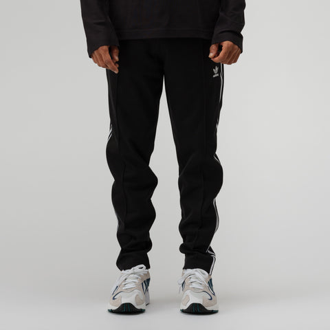 adidas Beckenbauer Track Pant in Black - Notre