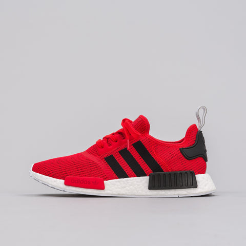 Adidas NMD R1 in Core Red/Blk - Notre