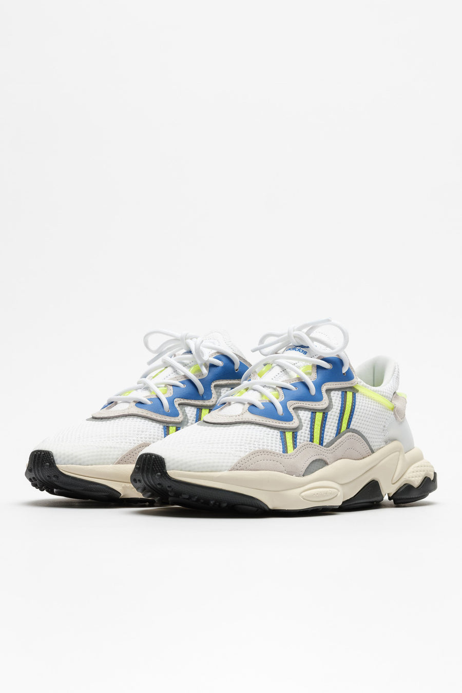 adidas OZWEEGO in White/Grey/Yellow - Notre