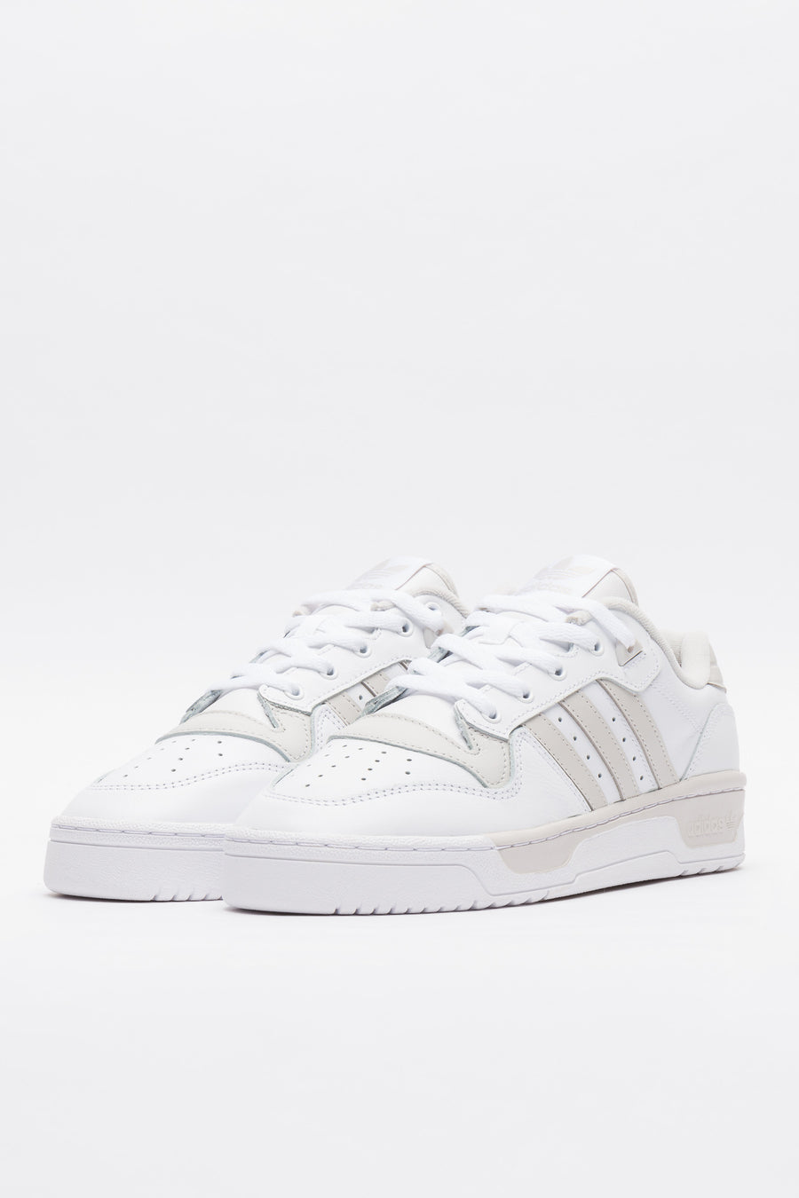 adidas Rivalry Low in White - Notre
