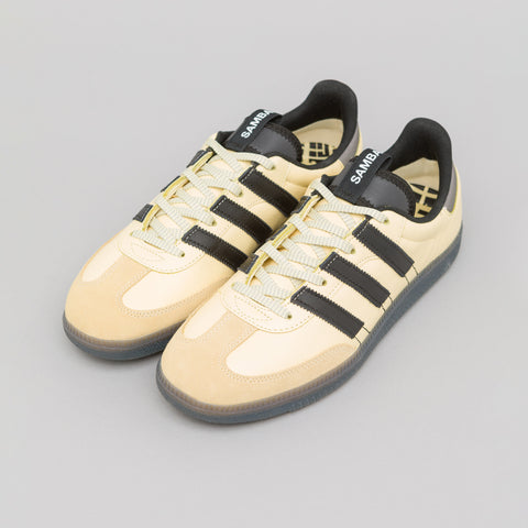 adidas Samba OG MS in Yellow/Black - Notre