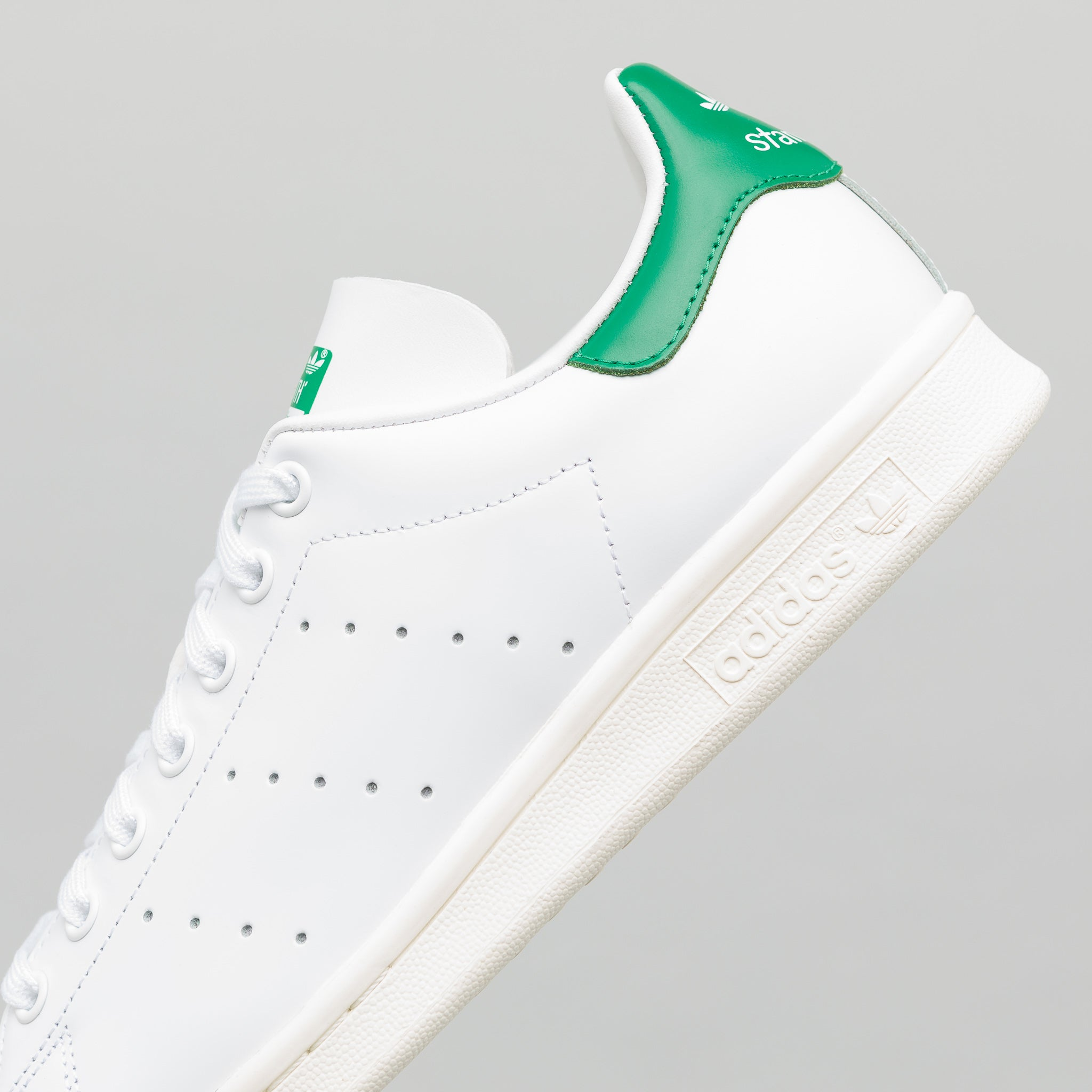 competitive price 21a3d 37a33 Stan Smith in White Green