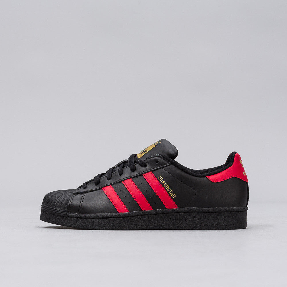 Adidas - Superstar in Core Black/Red - Notre - 1