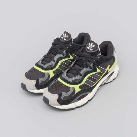 adidas Temper Run in Black - Notre