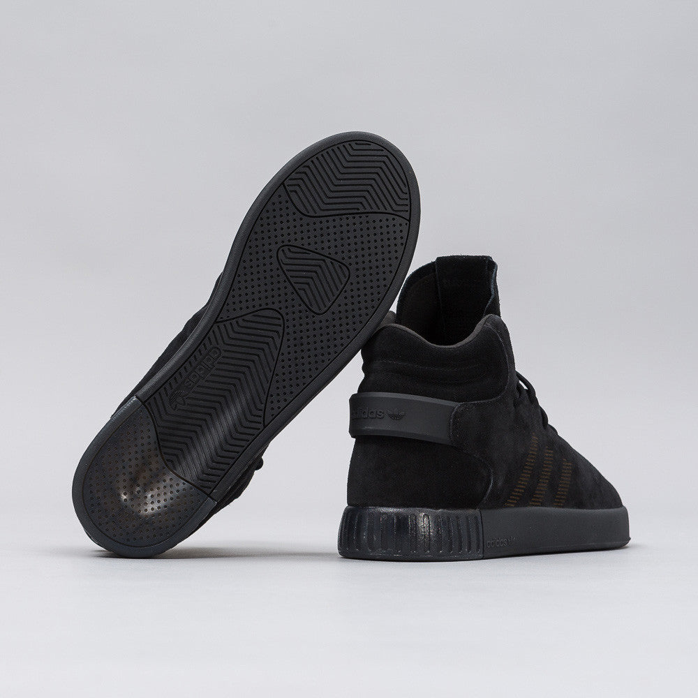 Tubular Invader in Core Black