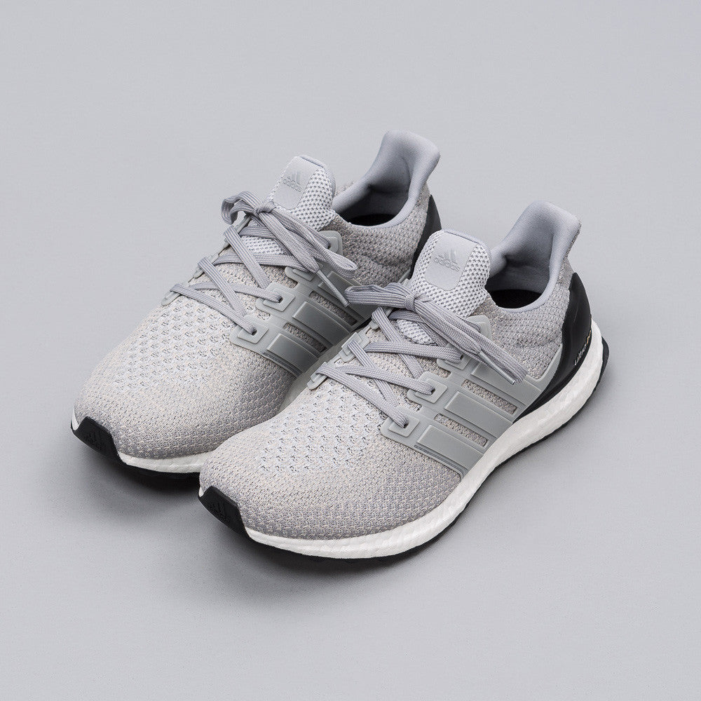 Adidas - Ultra Boost in Clear Onyx - Notre - 1