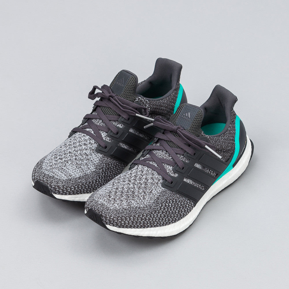 Adidas - Ultra Boost in Grey/Turqoise - Notre - 1