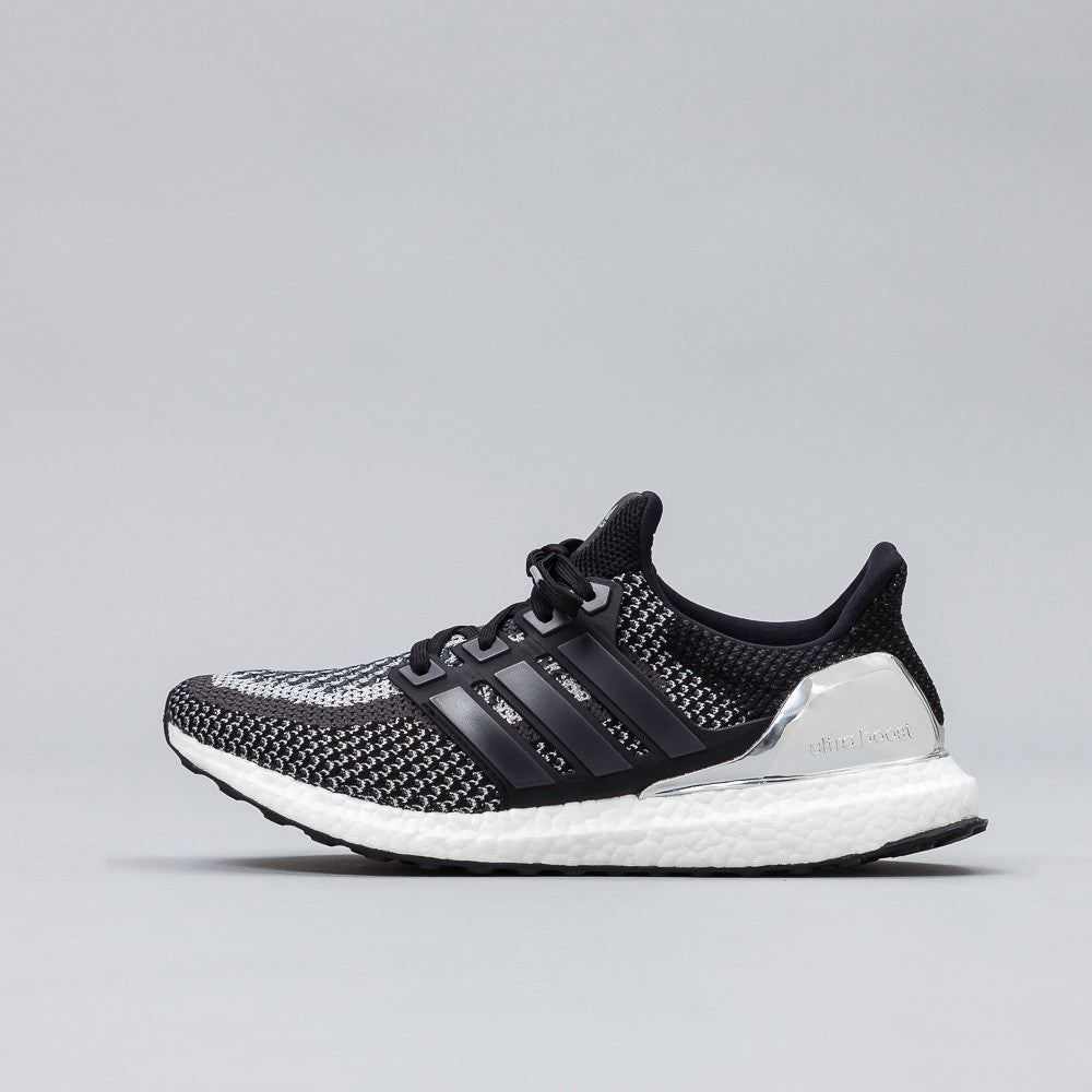 adidas Ultra Boost 'Silver Medal' BB4077