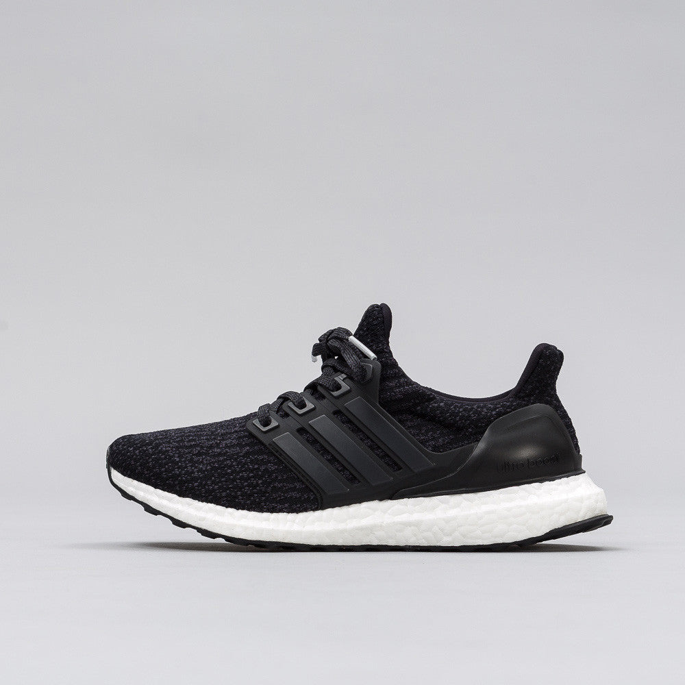 adidas Ultra Boost 3.0 Juniors in Core Black S82103