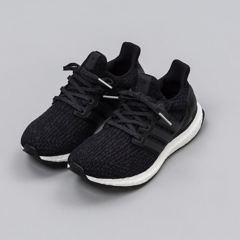 Ultra Boost 3.0 Juniors in Core Black