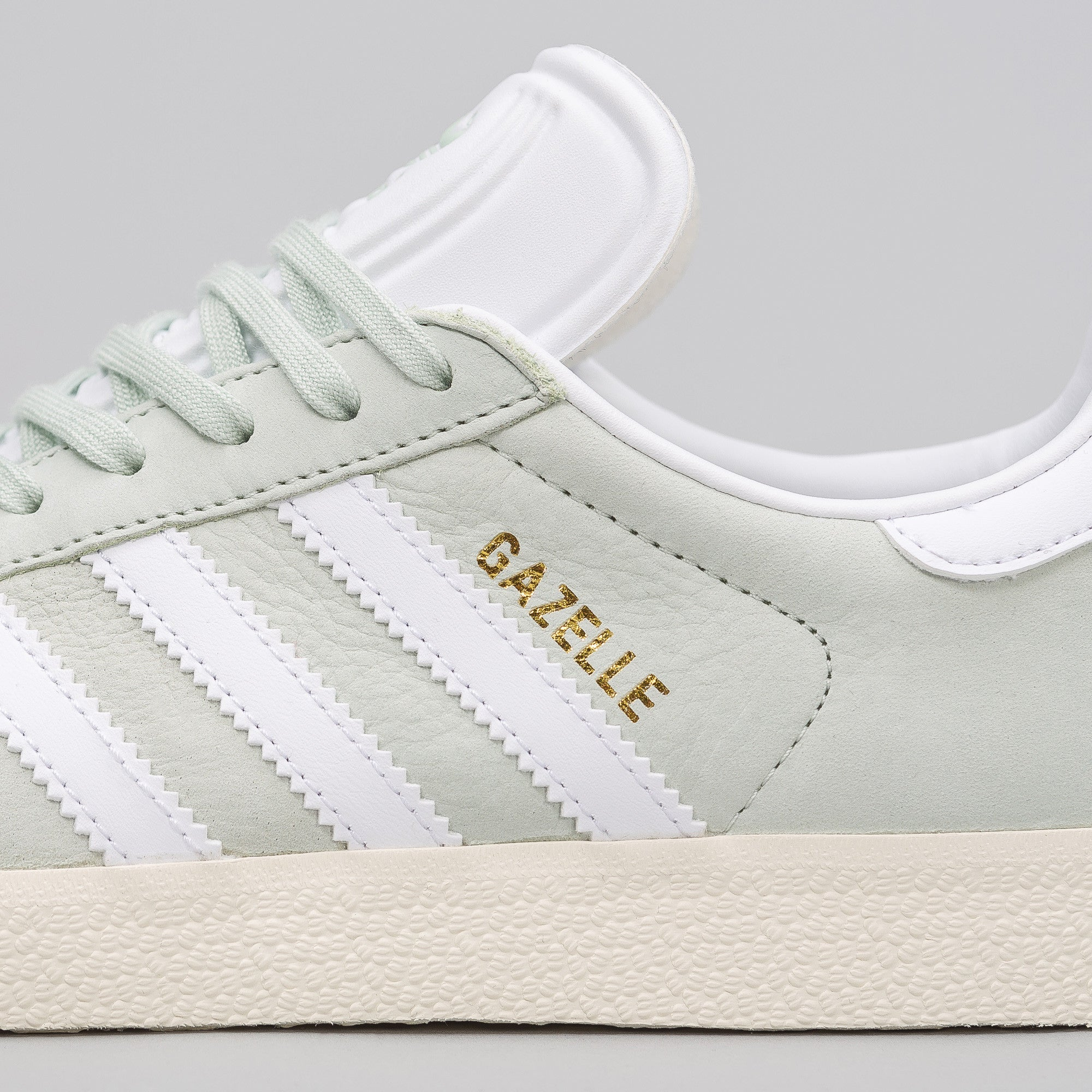 Women's Gazelle in Linen Green