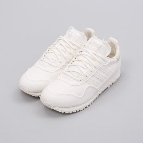 adidas x Daniel Arsham New York Past in Core White - Notre
