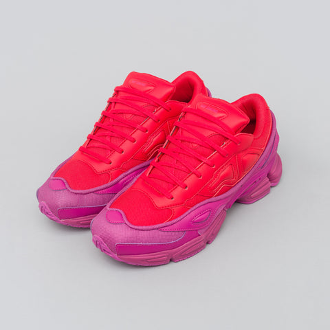 Adidas x Raf Simons Ozweego in Glory/Red - Notre