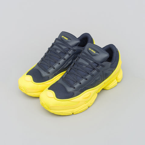 Adidas x Raf Simons Ozweego in Yellow/Navy - Notre