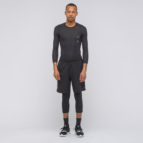 adidas x UNDEFEATED Alphaskin Tech 3/4 Tee in Black - Notre