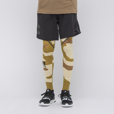 adidas x UNDEFEATED Alphaskin 360 Tights in Dune Camo - Notre