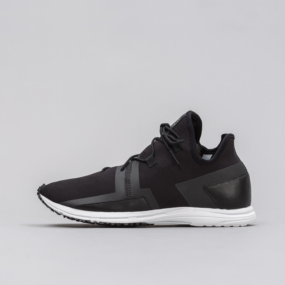 Y-3 ARC RC Sneaker in Black - Notre