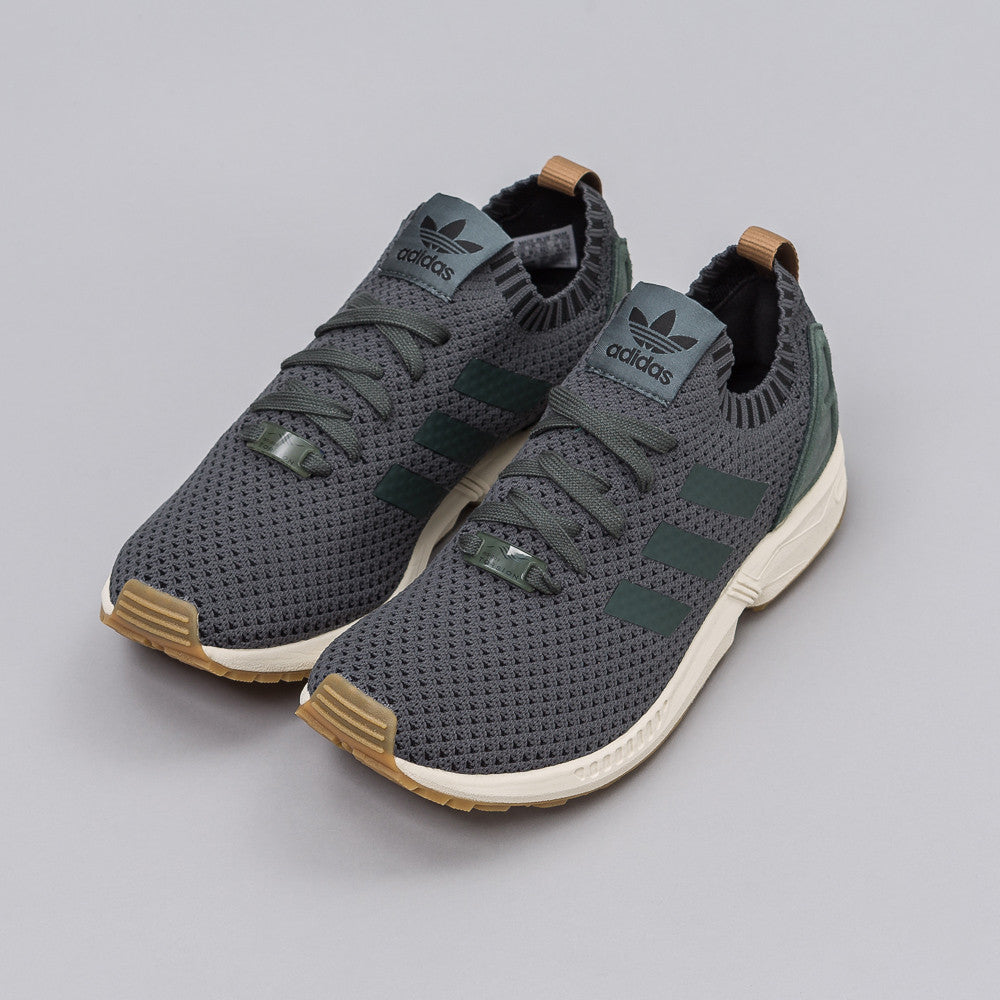 Adidas ZX Flux Primeknit in Utility Ivy - Notre