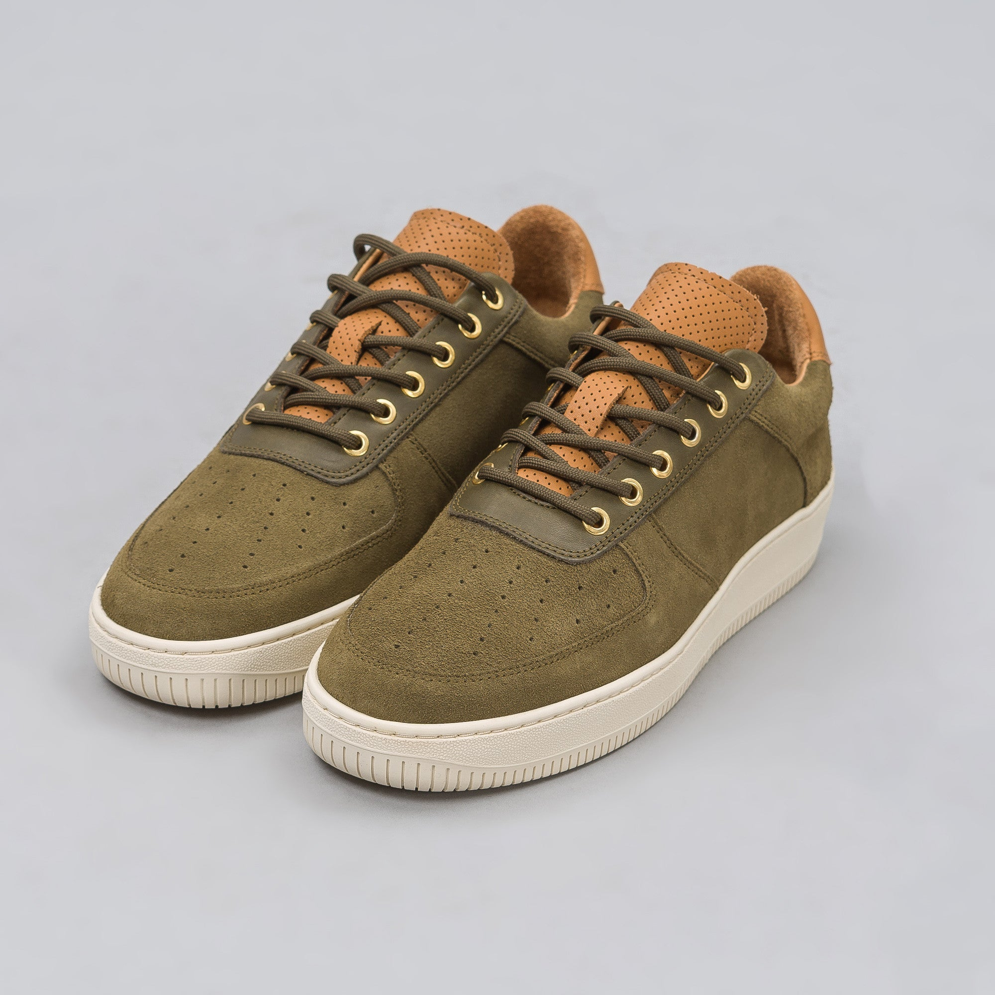 Q14 Low in Olive