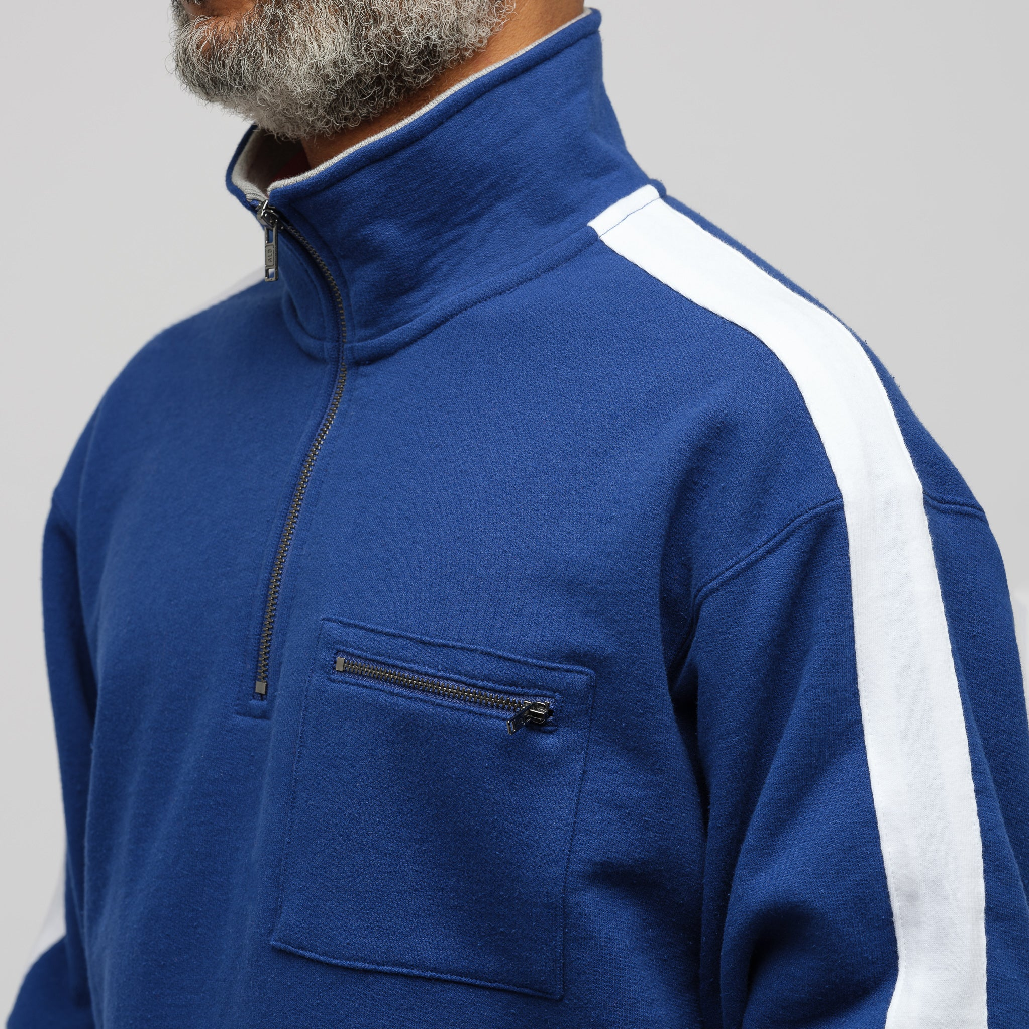 Ribbed Collar Quarter Zip Pullover in Midnight Combo