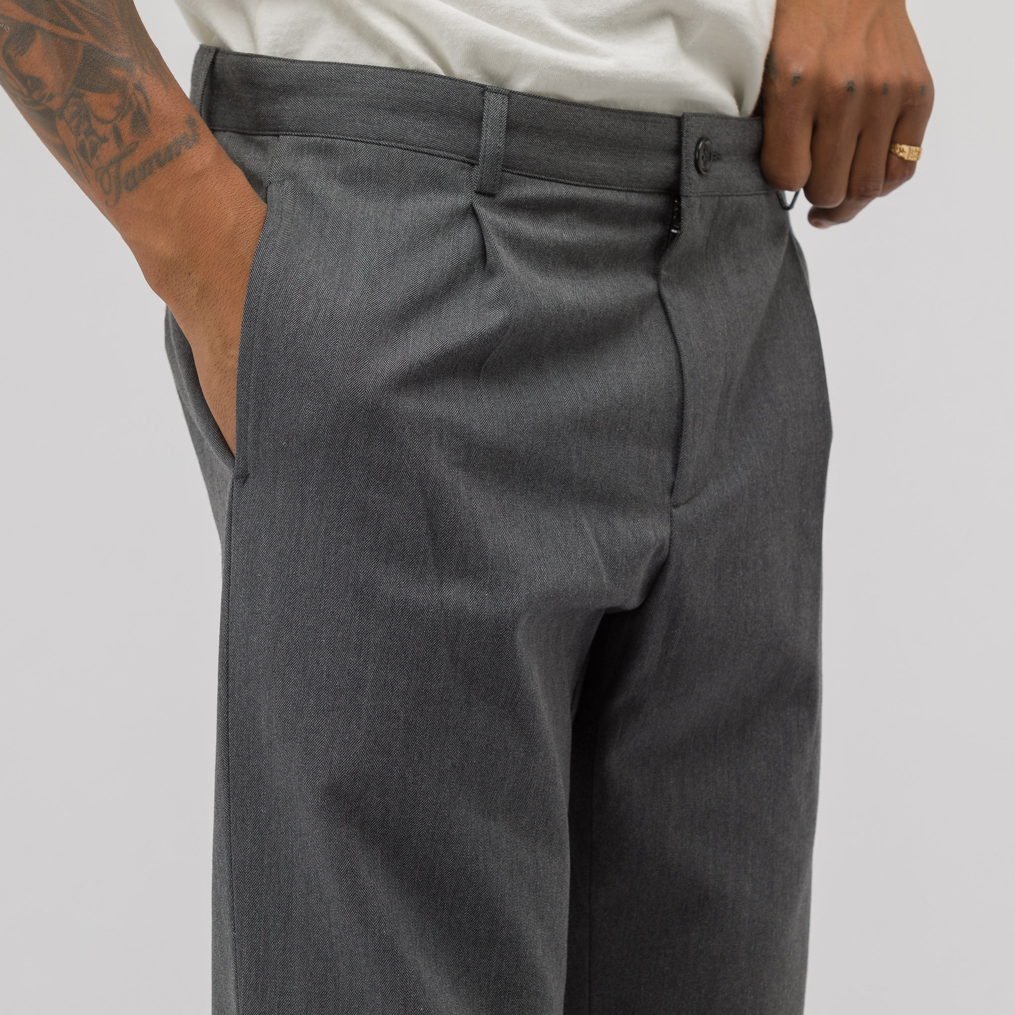 Florian Pants in Heathered Charcoal Grey