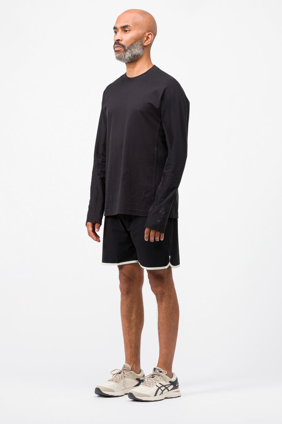 ASICS Reigning Champ 7 Inch Run Short in Performance Black - Notre