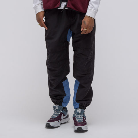 Cav Empt Warm Up Pants in Black/Blue - Notre