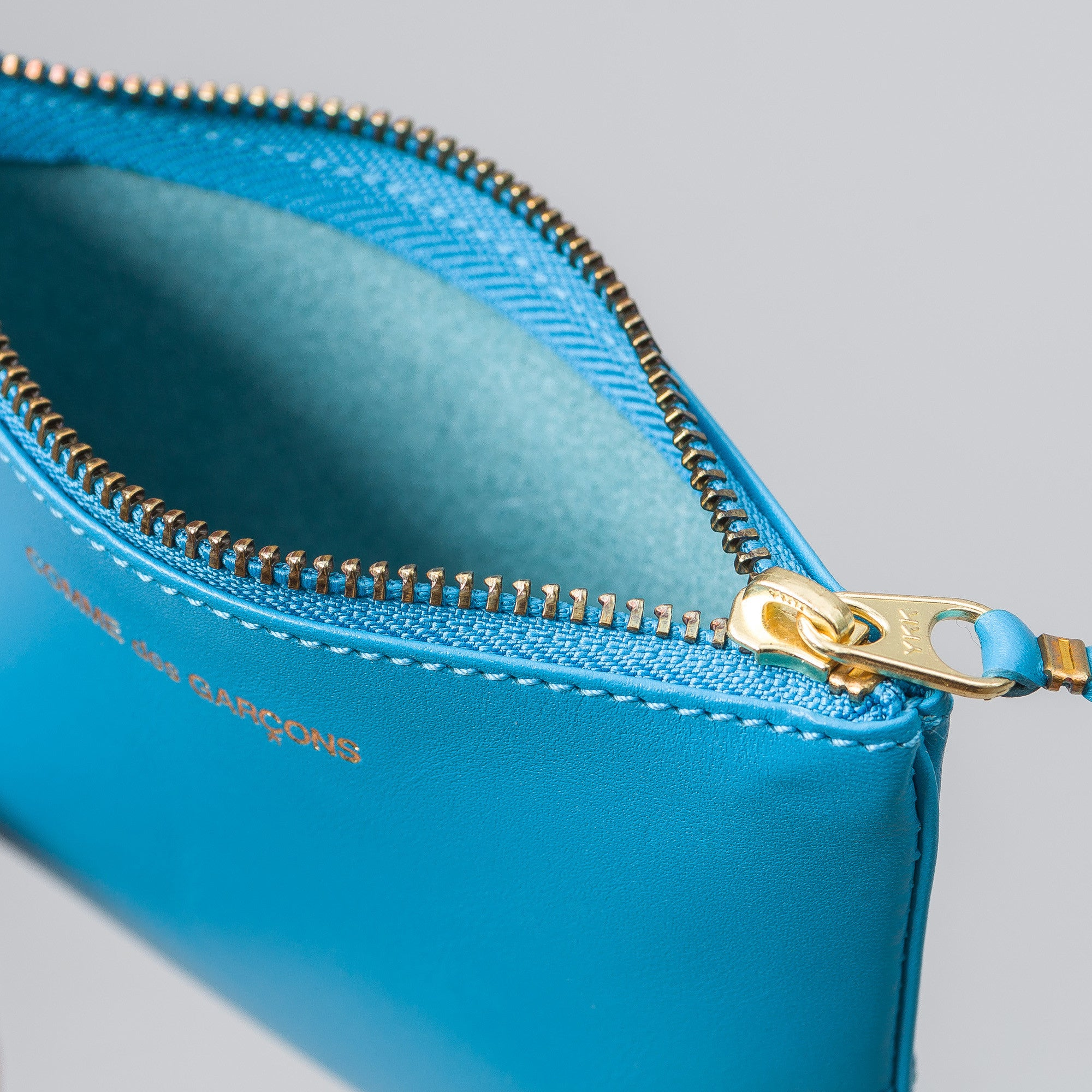 Classic Leather Line in Blue