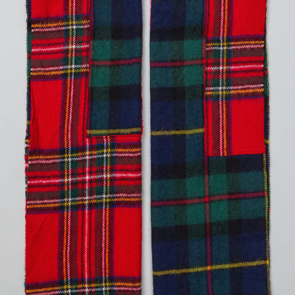 Scarf in Dark Plaid