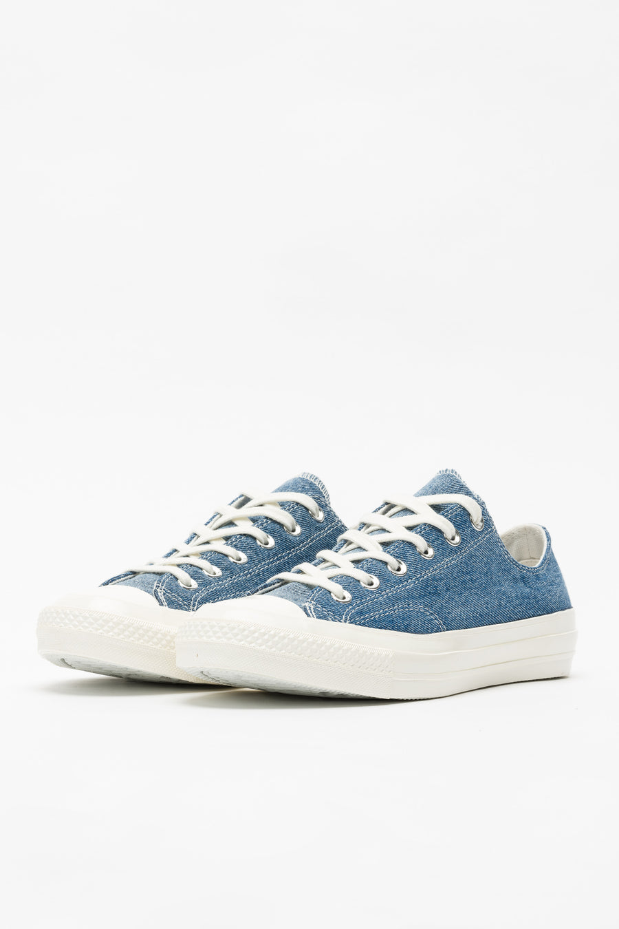 Converse Chuck 70 Ox in Medium Denim - Notre