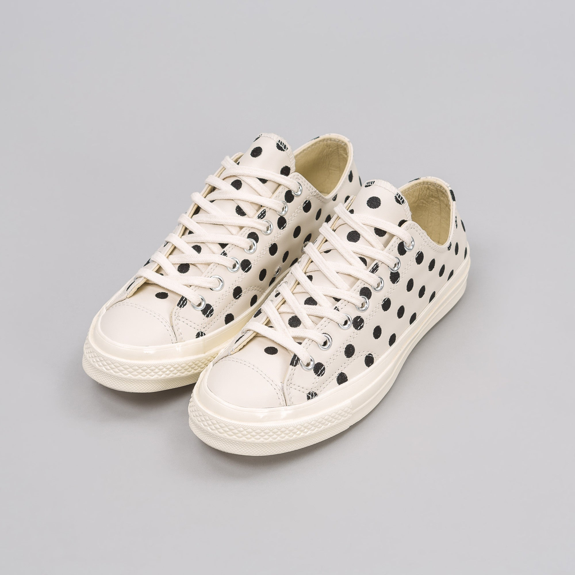 Chuck Taylor AS70 Low Polka Dot