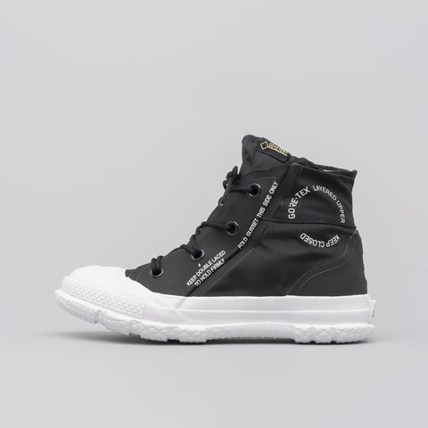 Chuck Taylor MC18 Hi in Black/White