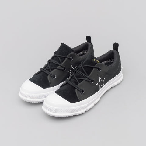 One Star MC18 Ox in Black/White