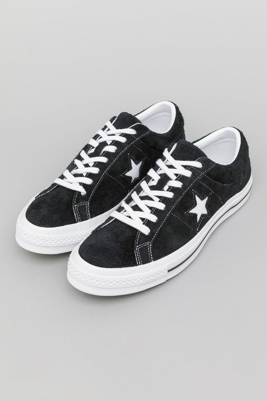 Converse One Star Ox in Black/White - Notre