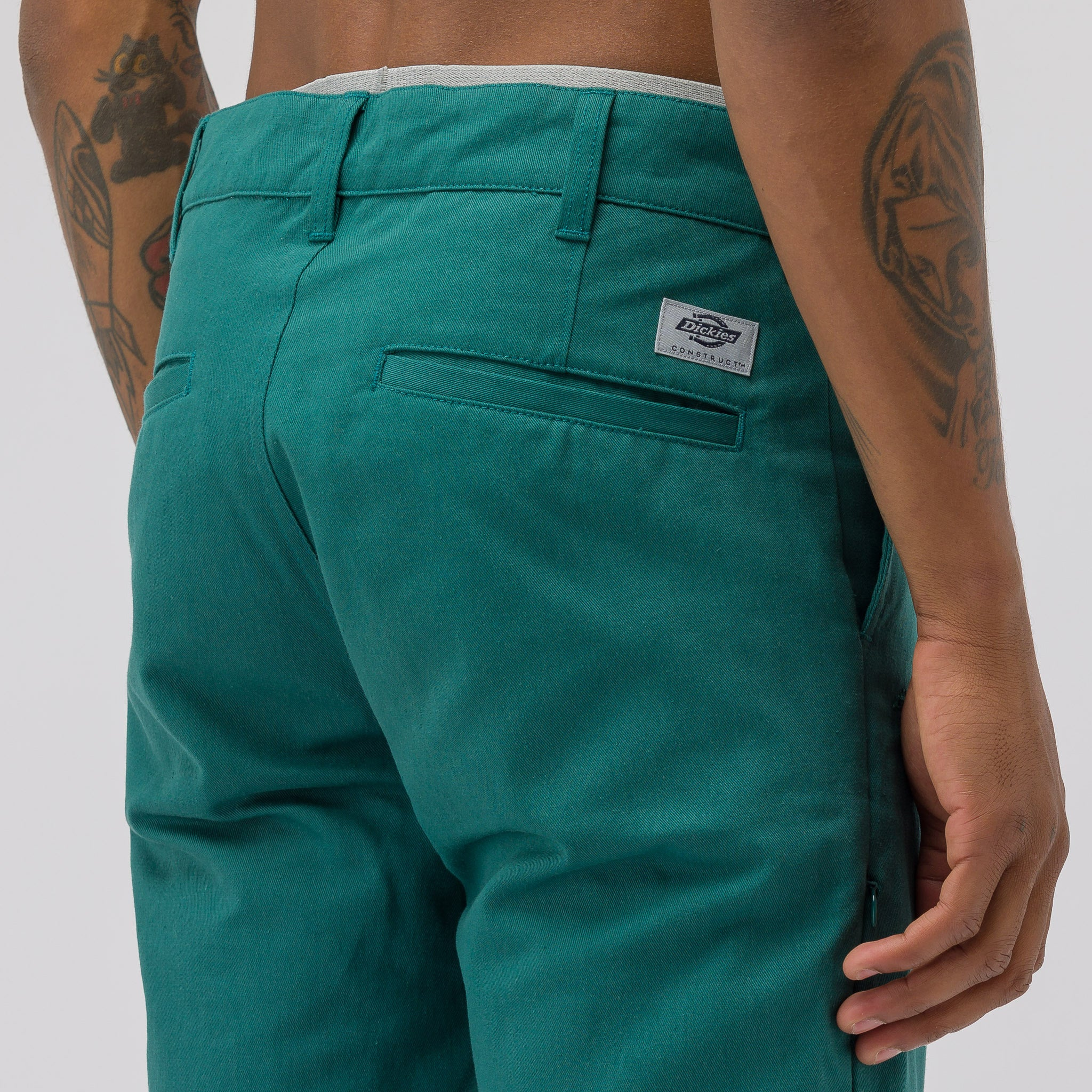 Slim Pants in Park Green