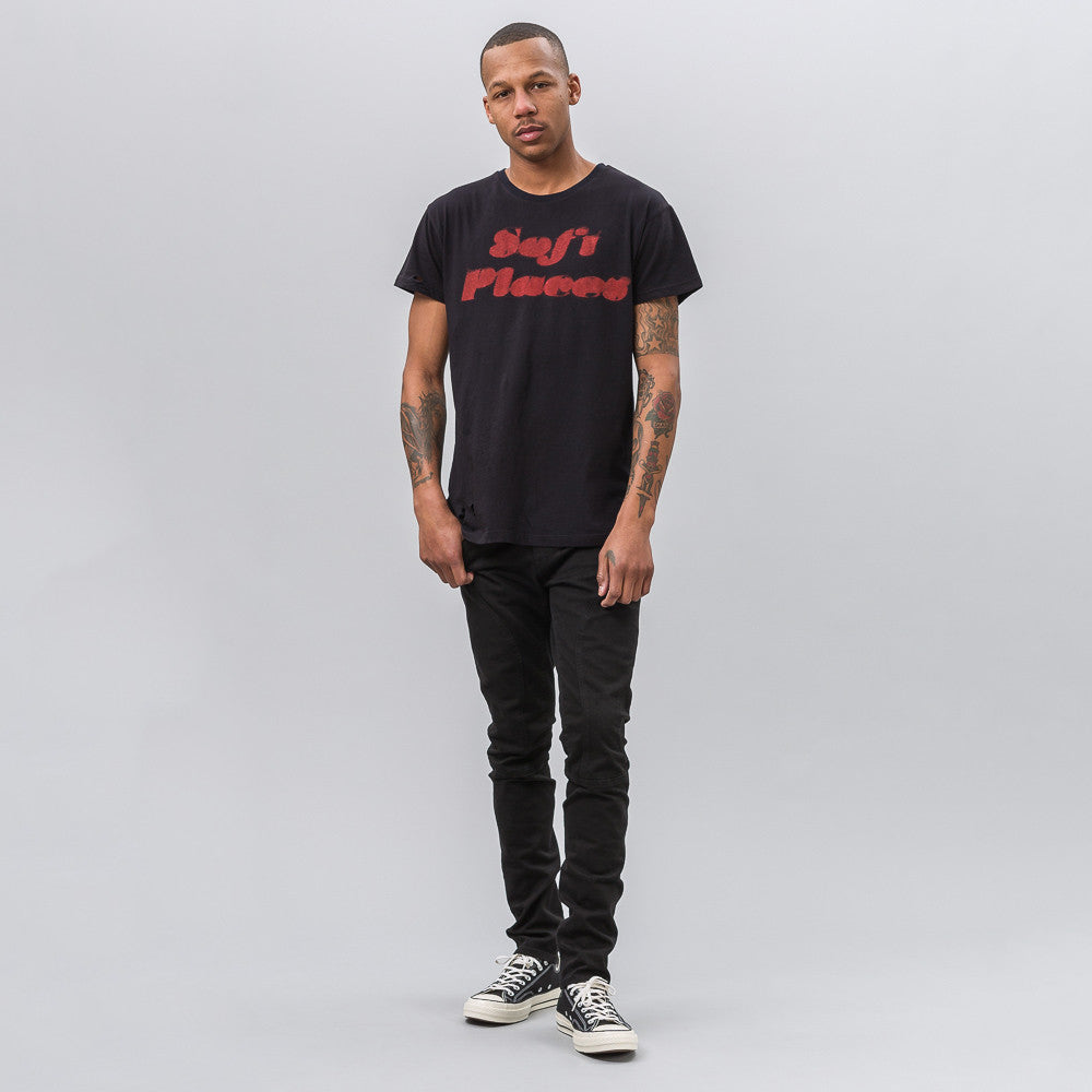 ENFANTS RICHES DÉPRIMÉS Soft Places T-Shirt in Black - Notre